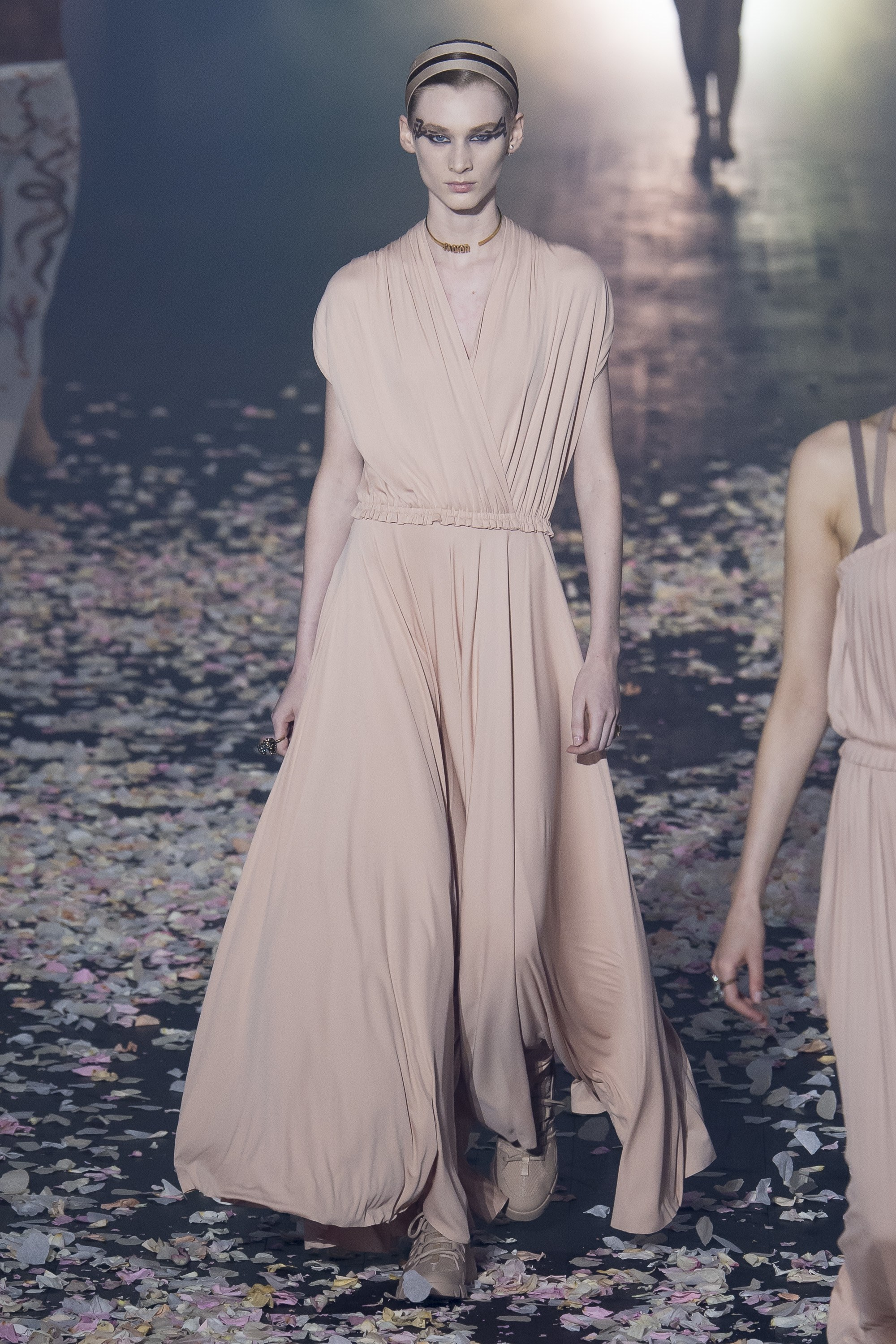 A Modern Dance Dior 2019 The Runway Forever Chic by Meg
