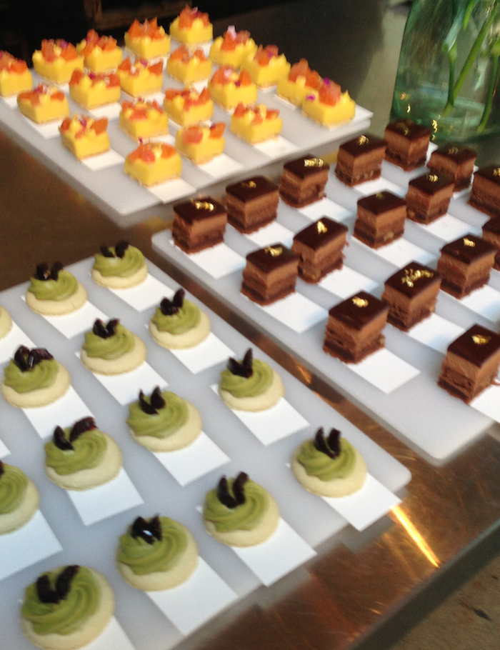 petits fours cropped
