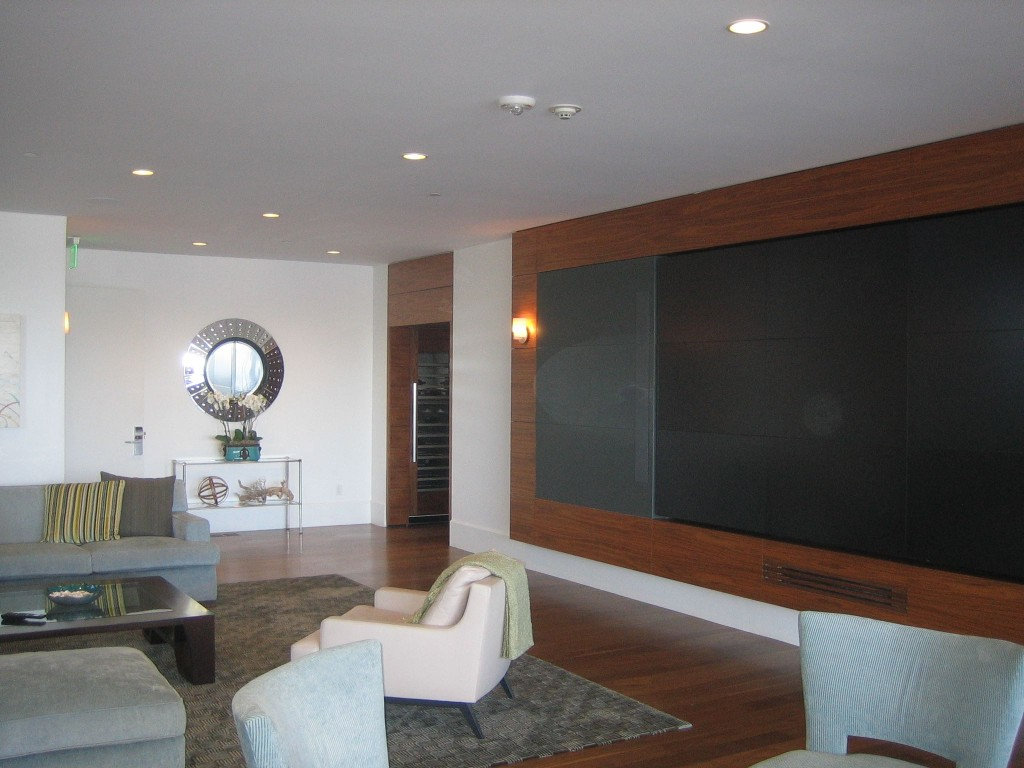 suite media wall