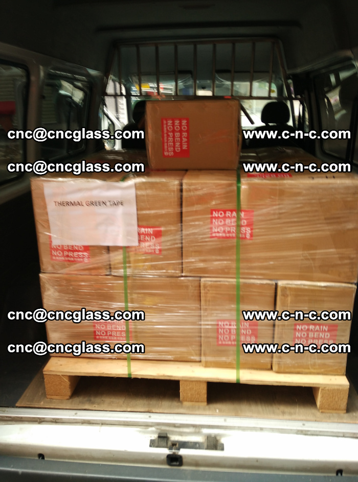 Safety glazing green thermal tape Packing and loading (1)
