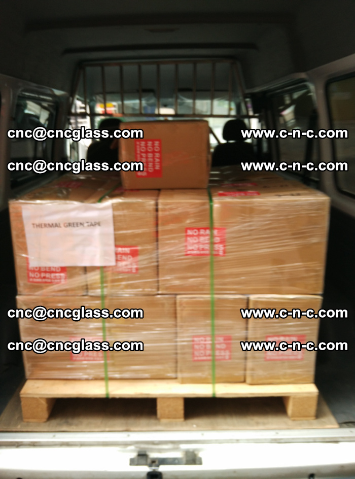 Safety glazing green thermal tape Packing and loading (11)