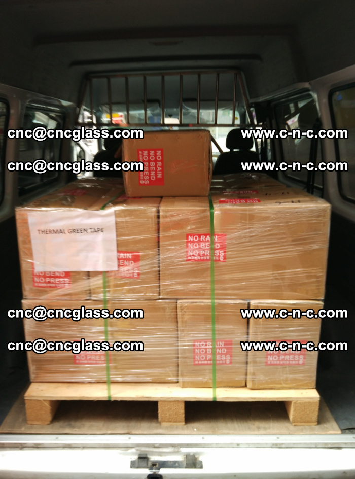 Safety glazing green thermal tape Packing and loading (12)