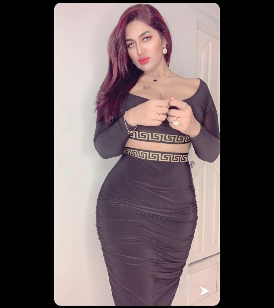 Mathira nude pictures