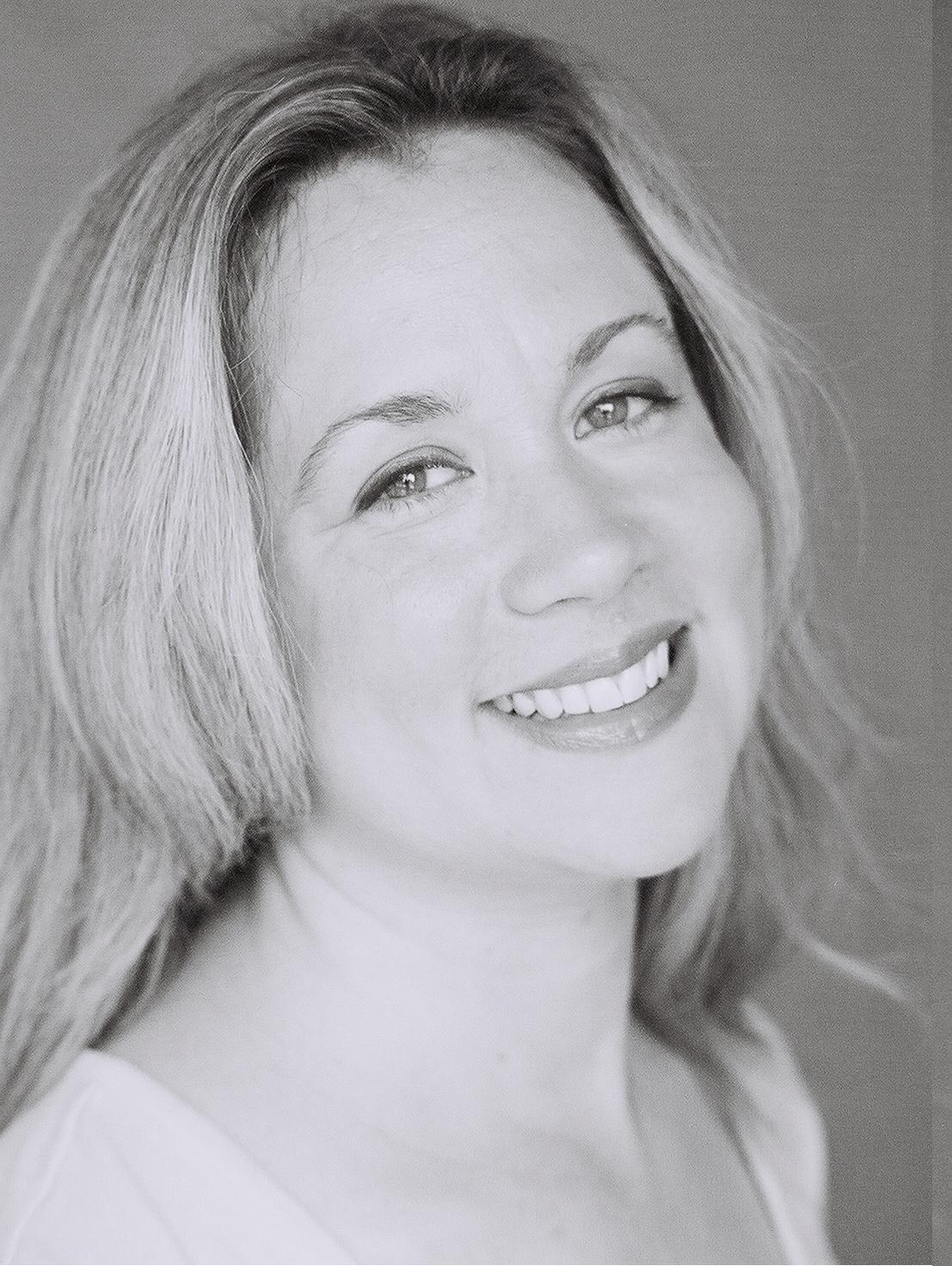 Jennifer Ziegler photo
