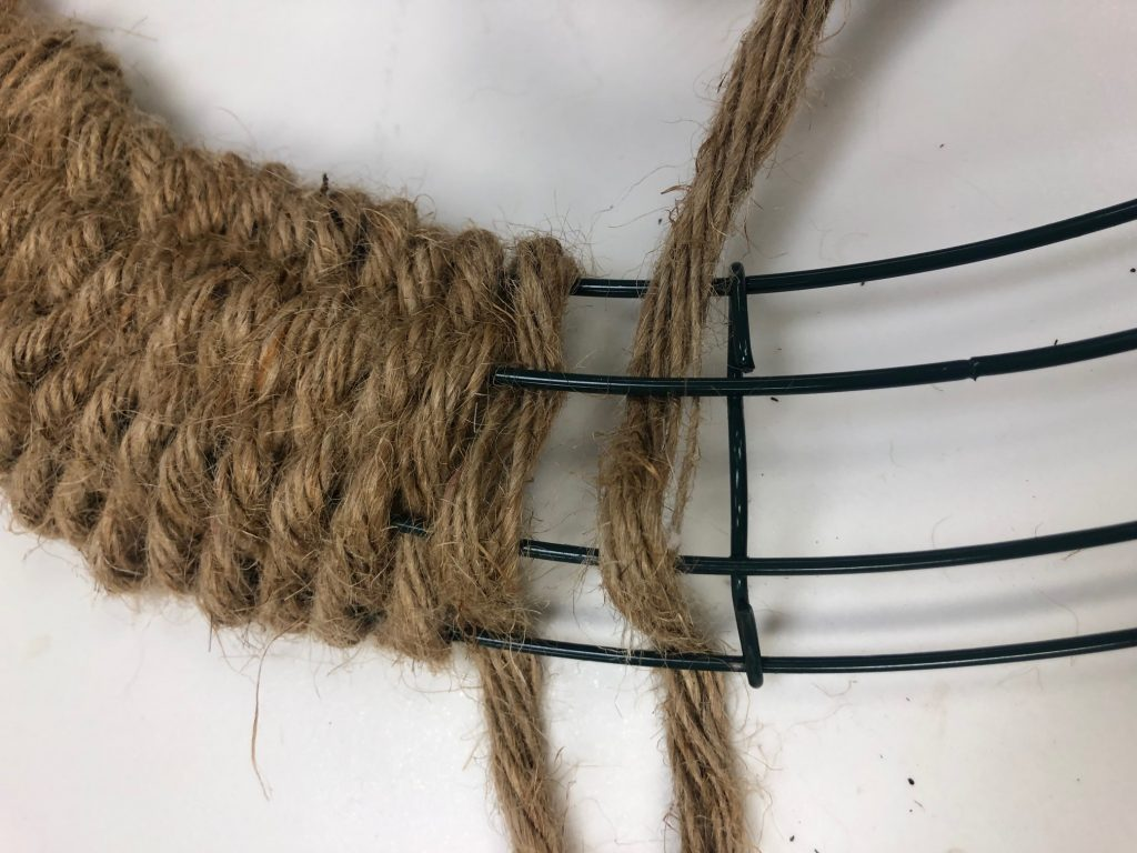 How to weave metal frame. Wreath making. Dollar Tree nautical rope wreath form
