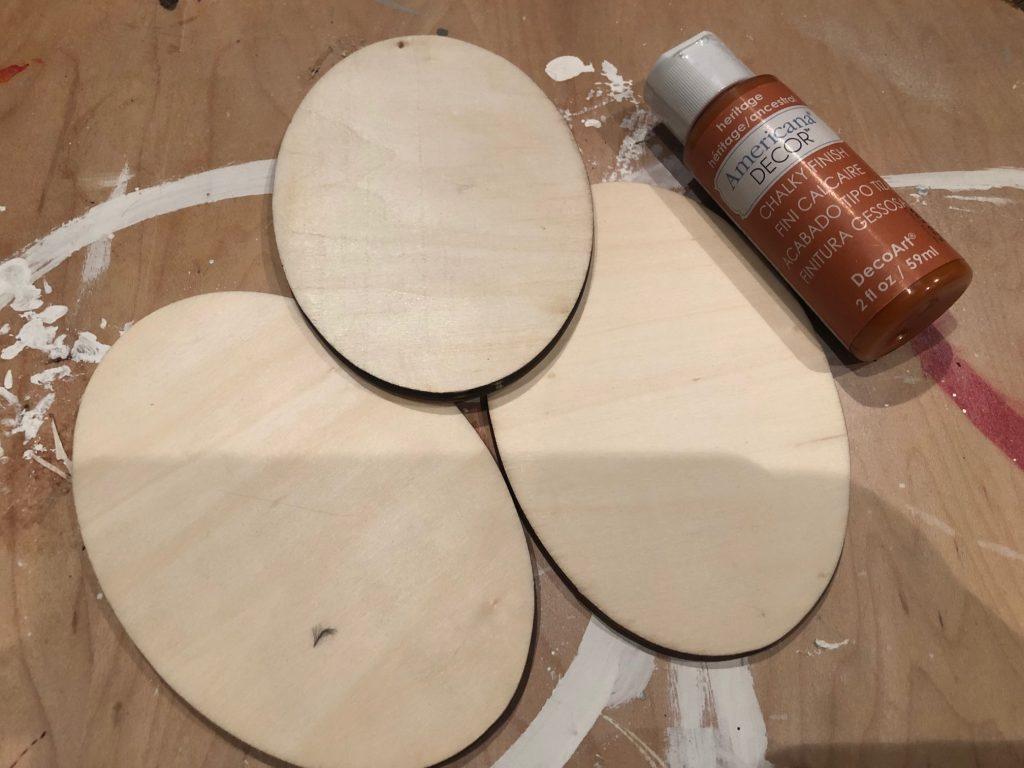 Budget friendly fall decor ideas. Fall pumpkin craft. Can upscycle craft diy. Dollar Tree crafts. Easy pumpkin