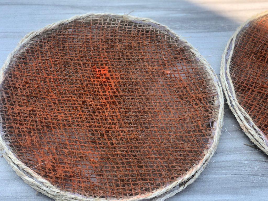 Learn how to make the cutest rustic burlap pumpkin with a raffia bow! Embroidery hoop pumpkin Dollar Tree. Splatter screen like fall decor
