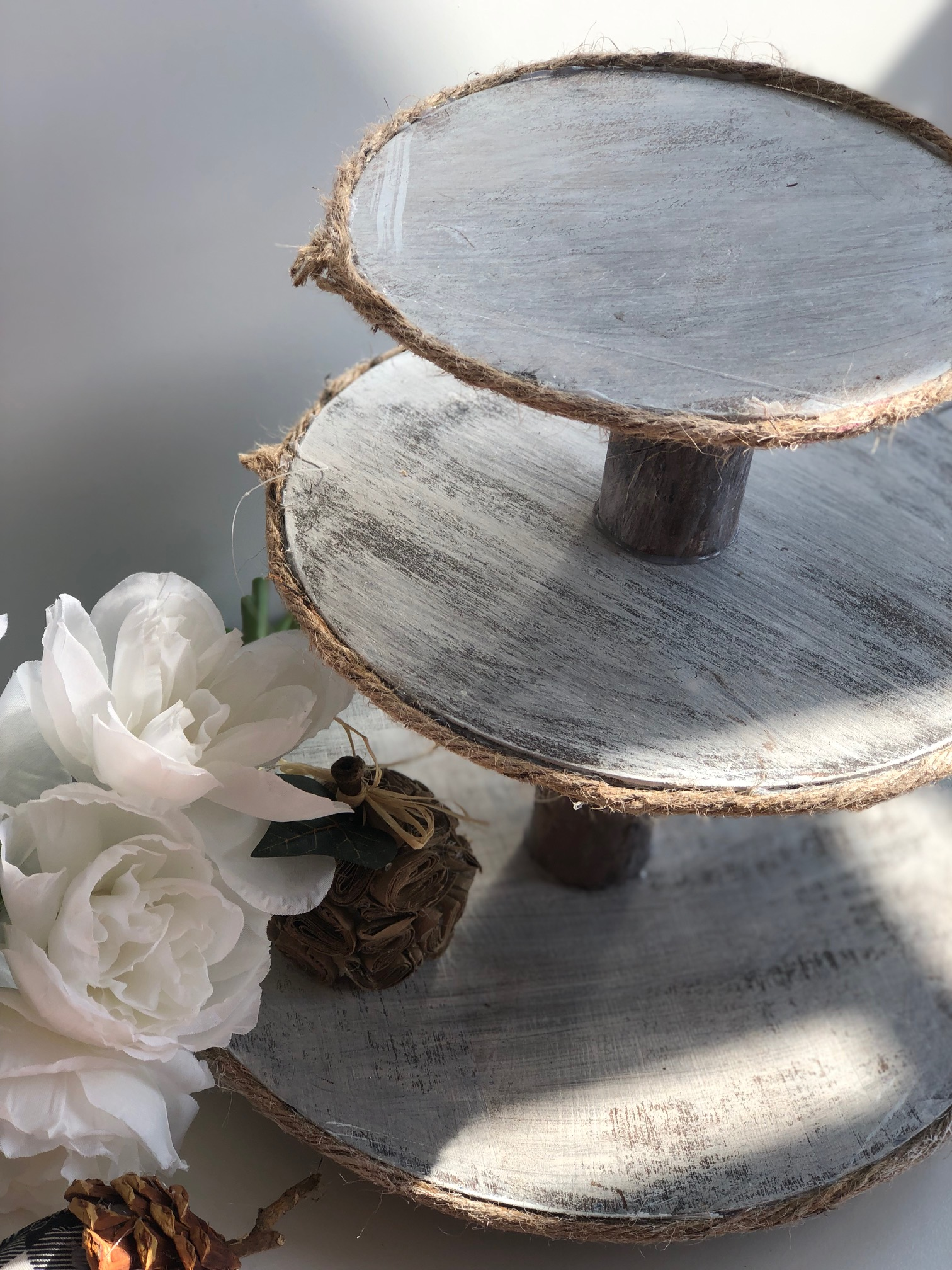 Rustic Farmhouse 3 Tiered Tray.Step by step instructions