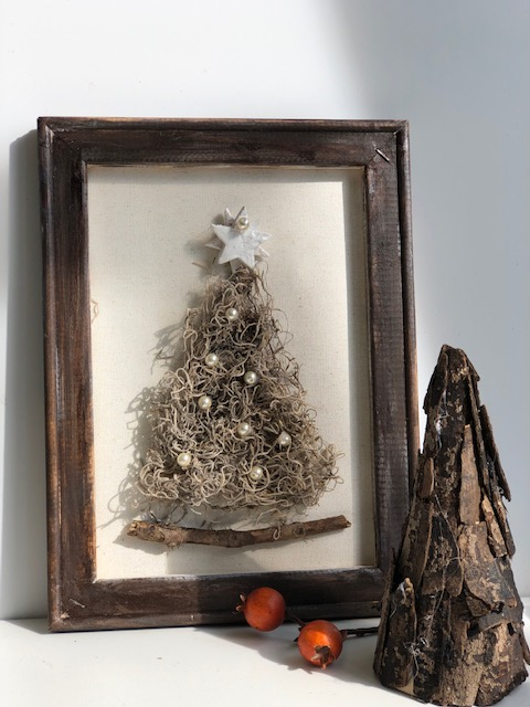 Natural whimsical  Spanish moss Christimas tree with pearl beads and clay handmade star. Reverse Canvas stained frame .Rustic Christmas tree diy.Learrn how to make Whimsical Moss Christmas tree DIY. Reverse Canvas Christmas tree home decor craft. Rustic Christmas tree DIY