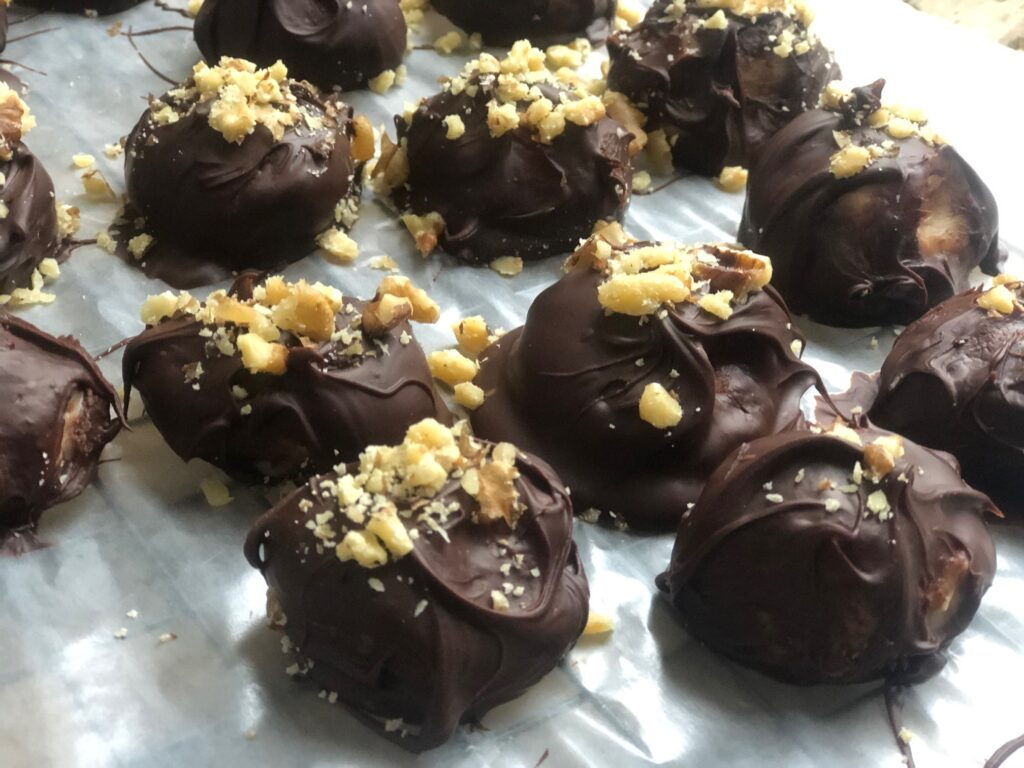 Let's skip the cookies this year and make Truffles! Truffles will make great gifts for friends and neighbors