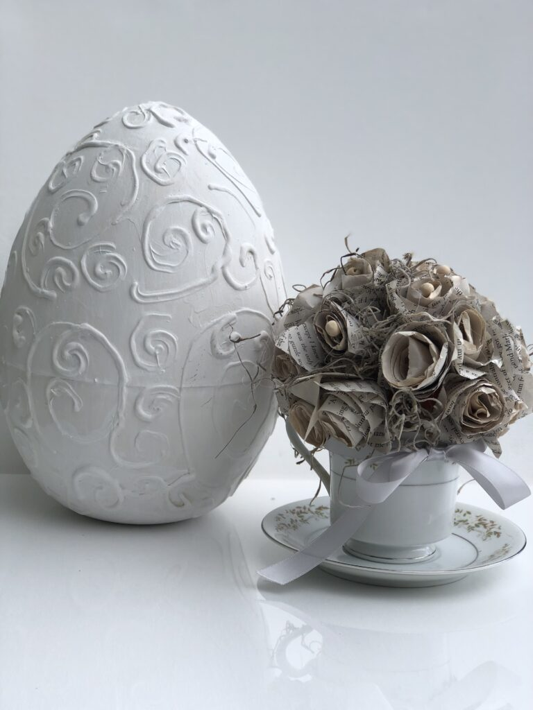 Turn your Dollar tree eggs into Shabby Chic Easter home decor. Budget friendly elegant easter decor diy