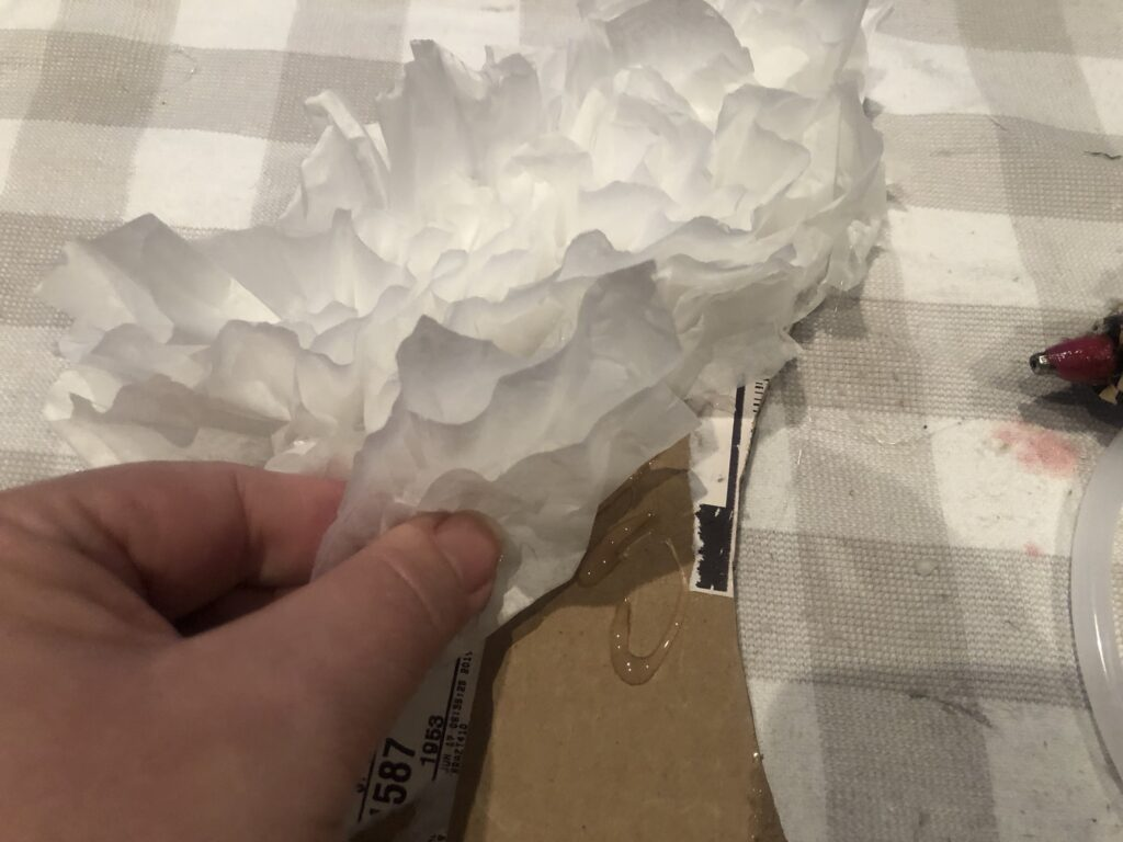 Learn how to make Angel wings out of coffee filters. Budget friendly project to decorate house. Coffee fitlers crafts