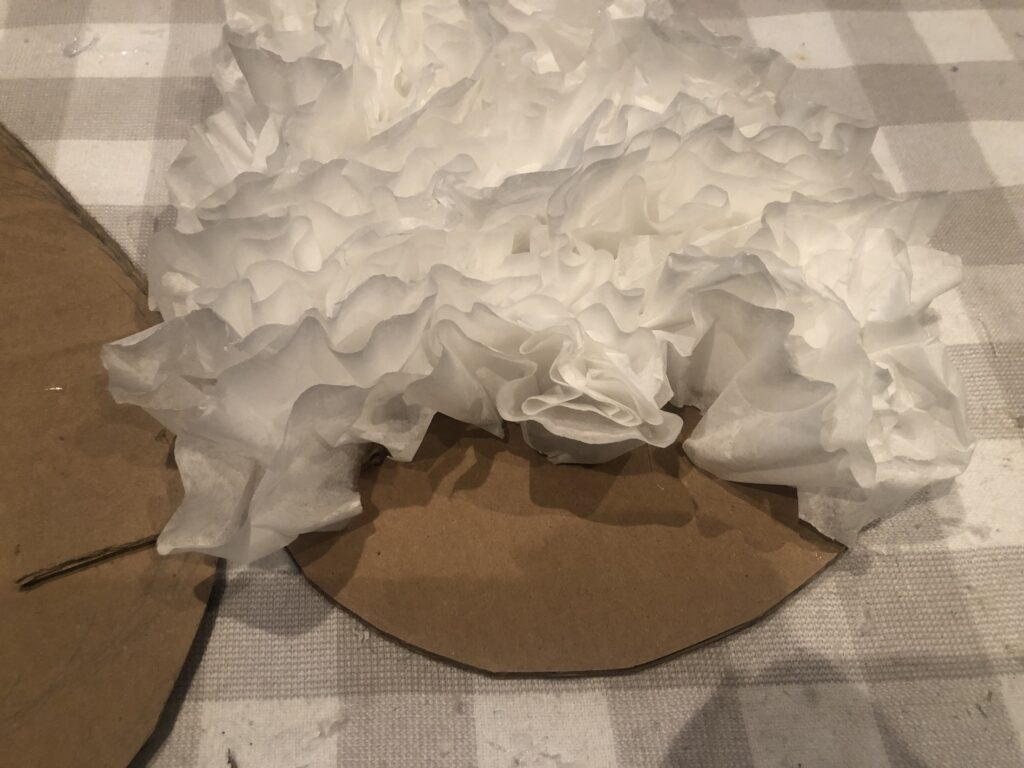 coffee fitlers angel wings diy .Angel wings out of cardboard box .How to make angel wings.Learn how to make Angel wings out of coffee filters. Budget friendly project to decorate house. Coffee fitlers crafts