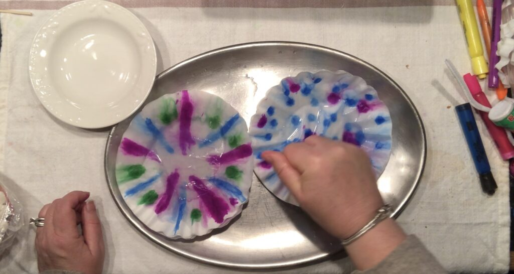 Are you looking for some craft ideas that you can do with your child? I have super cute one to keep your dancer occupied. Coffee filter crafts with kids