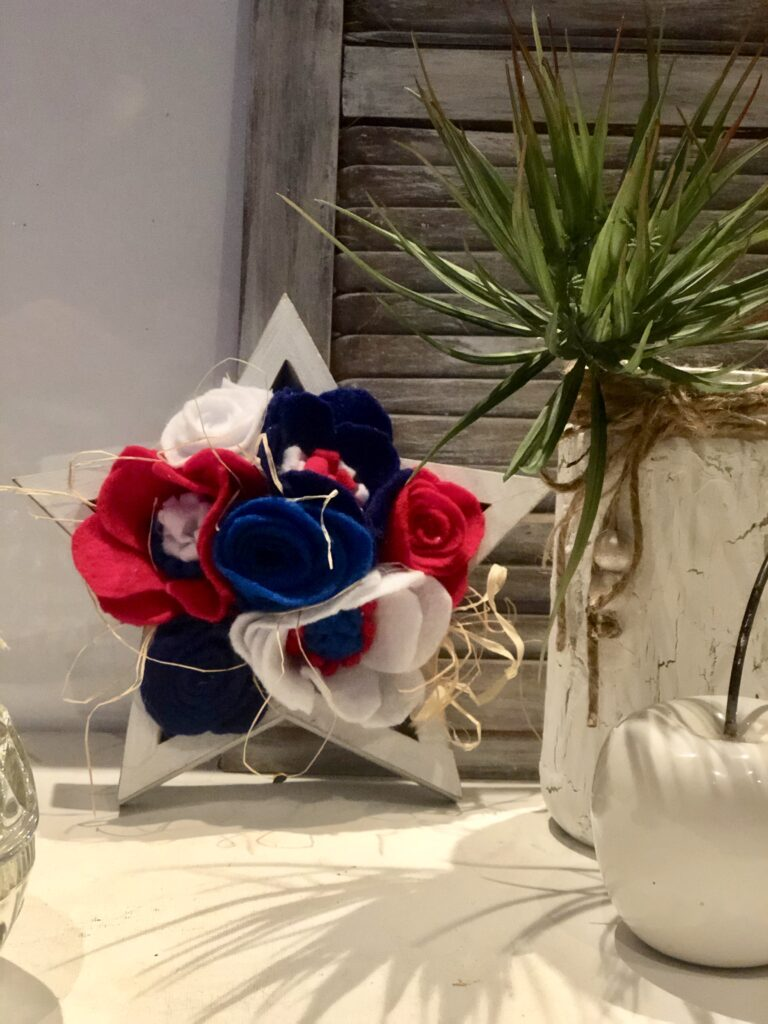 Are you ready for some Floral Patriotic Decor this year? Let's make Red White & Blue Easy Felt Flowers.Patriotic star Americana Decor