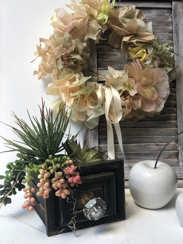 Learn how to make EASY Coffee filters hydrangea flower clusters. Coffee filter flowers diy. Easy coffee filters craft