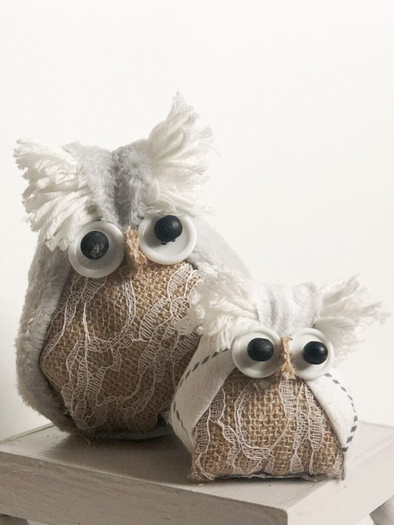 Let's make together super cute Fabric Owl. Fall project diy with kids. Easy puppet diy. Dollar Tree owl. Easy puppets making idea