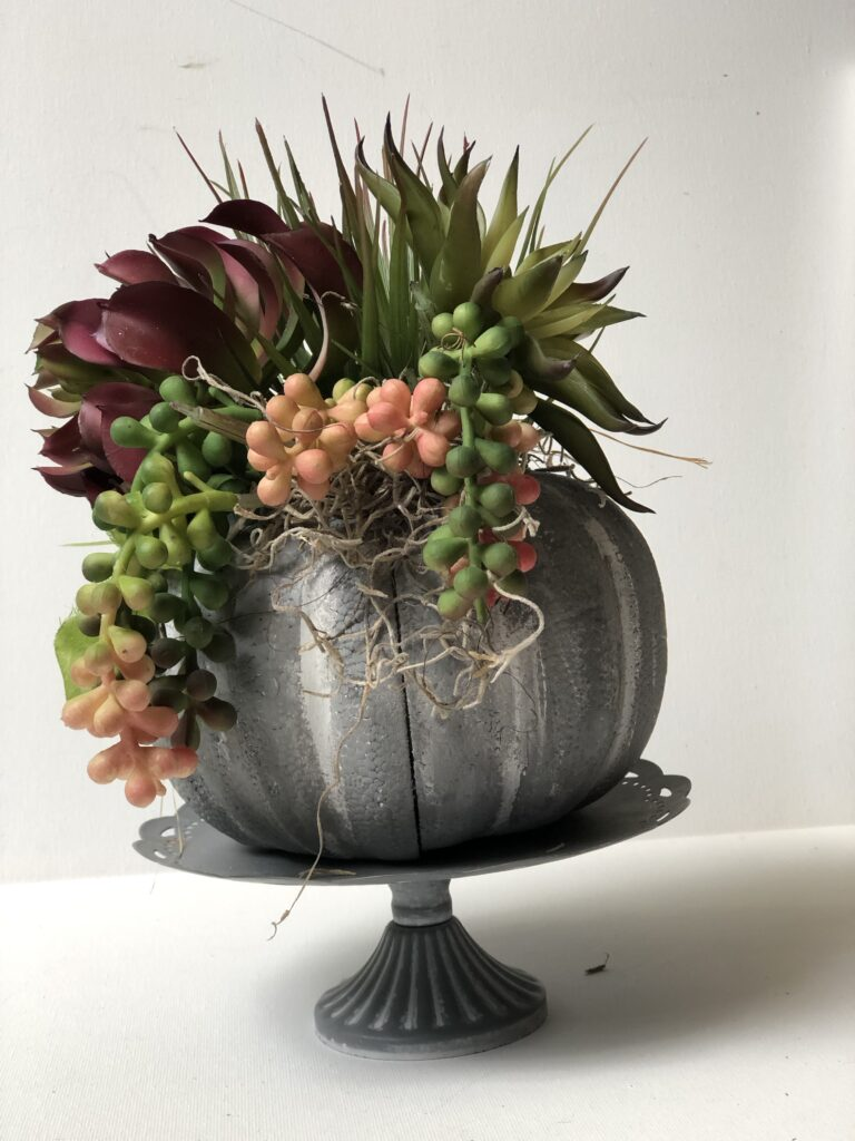 Let's make a faux concrete succulent pumpkin planter. Dollar Tree fall home decor idea. Painted pumpkin. Planter diy