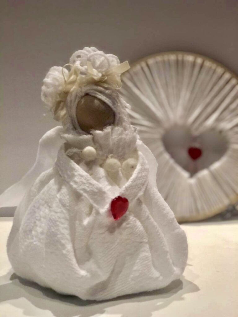 Angel made out of scraps of dish towel. Easy angel diy