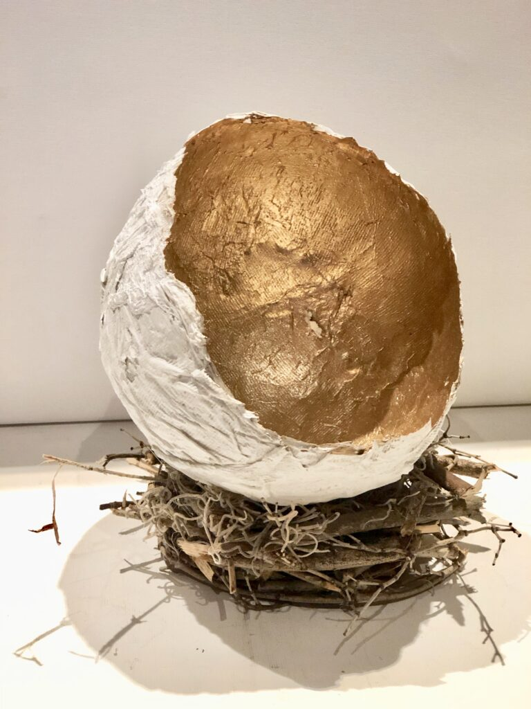 Nest with paper mache diy