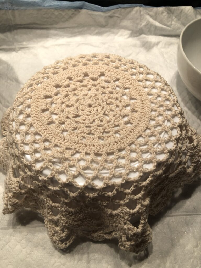 Make with me beautiful crocheted cake dome. Perfect full of character dome made out of crocheted doily. Easy to make detail for your house. Doily dome diy