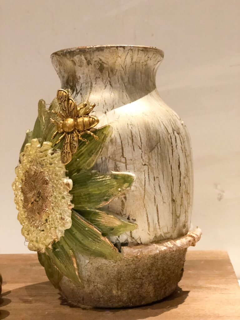 Let's have fun transforming Dollar Tree vase into fun mixed media high end looking piece of art. Budget home decorating at its best. Dollar tree vase mixed media makeover diy