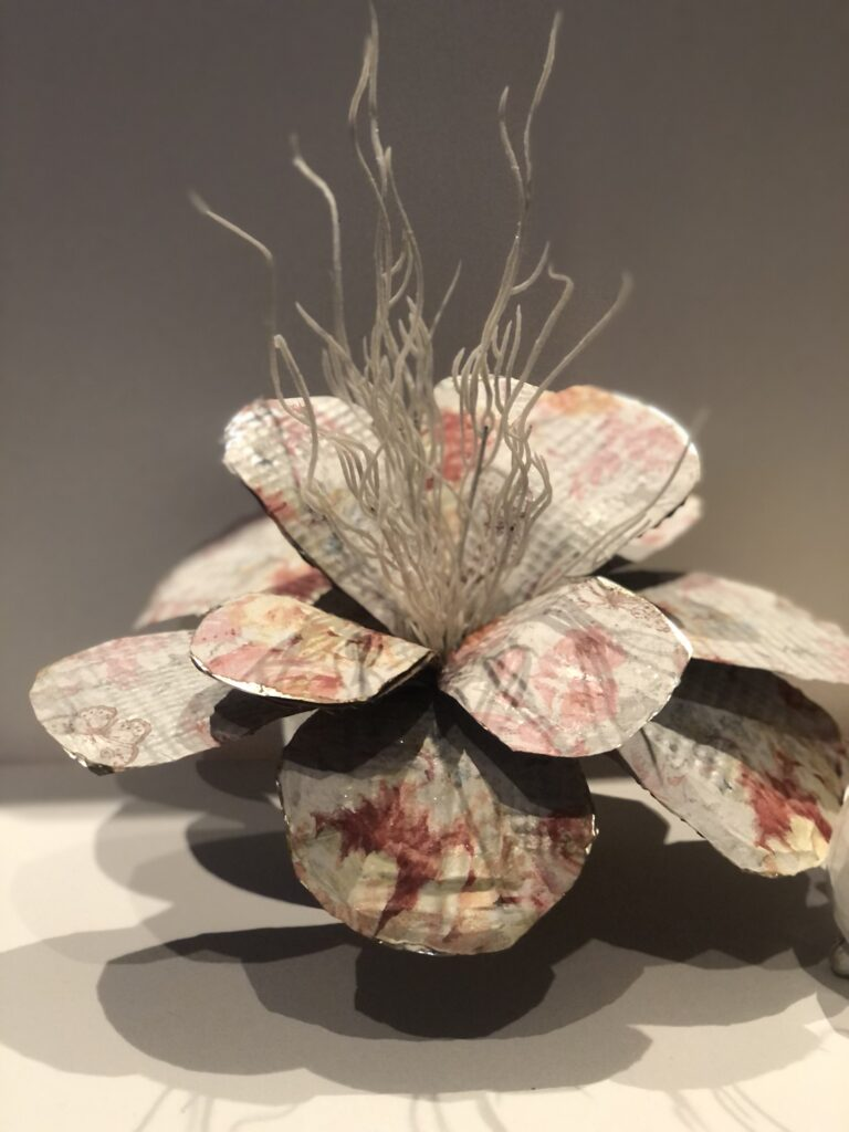 Learn all about napkin burning decoupage technique. Wrinkle free Napkin Decoupage tips on wood and metal surfaces.