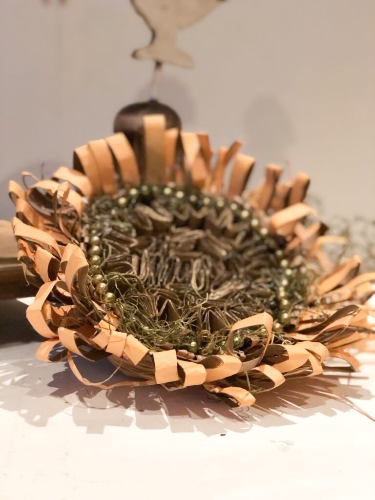 Learn how to make beautiful sunflower out of paper towel rolls. Budget friendly paper crafting. fall decor diy. Easy paper flower diy