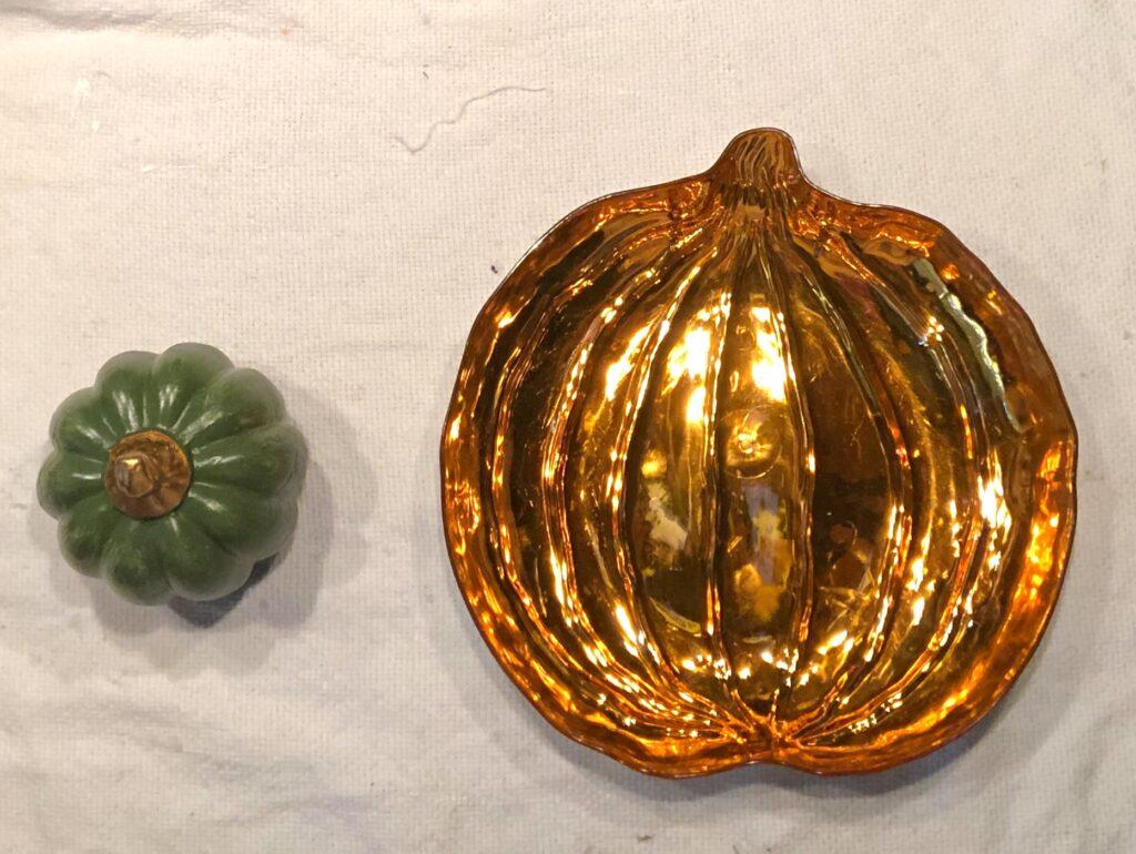 Faux stone fall pumpkin diy. Learn how to achieve marbleized look to your fall decor. Marbleized pumpkin fall decor diy