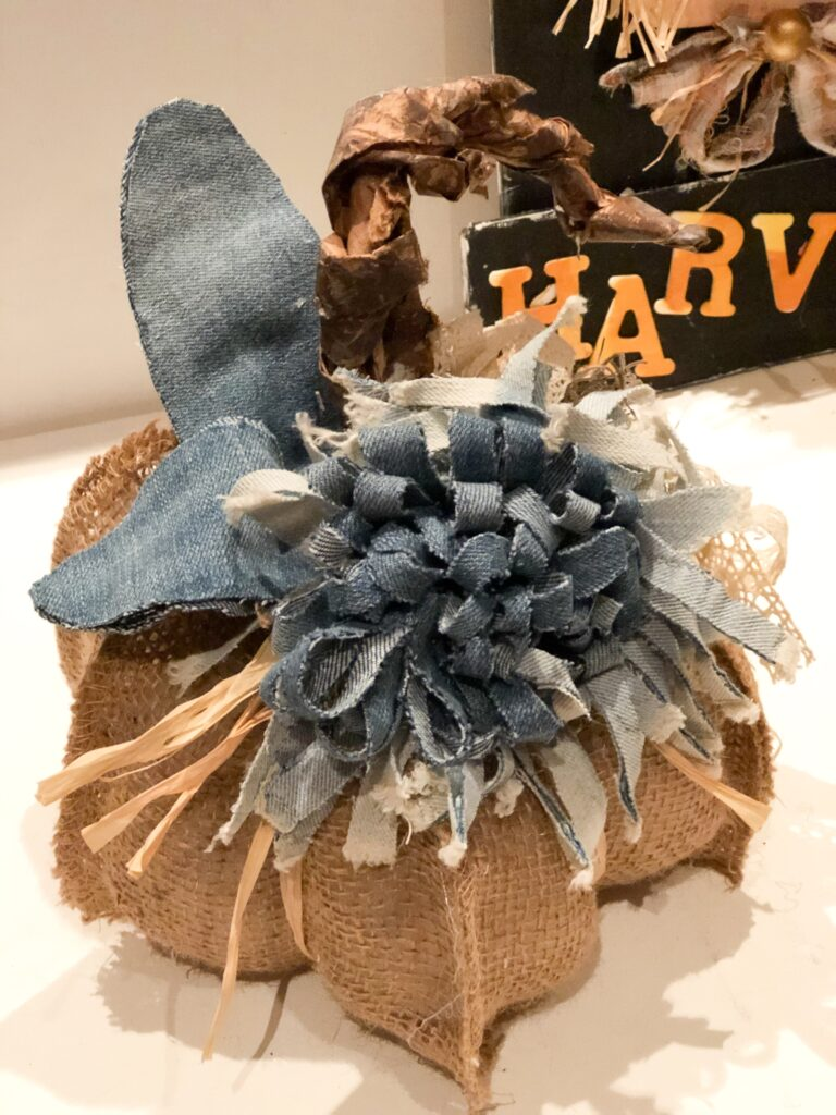 No Sew stunning sectioned Burlap Ribbon Pumpkin diy. Easy fall decor idea. Budget friendly fall diy. How to make easy flower from jeans