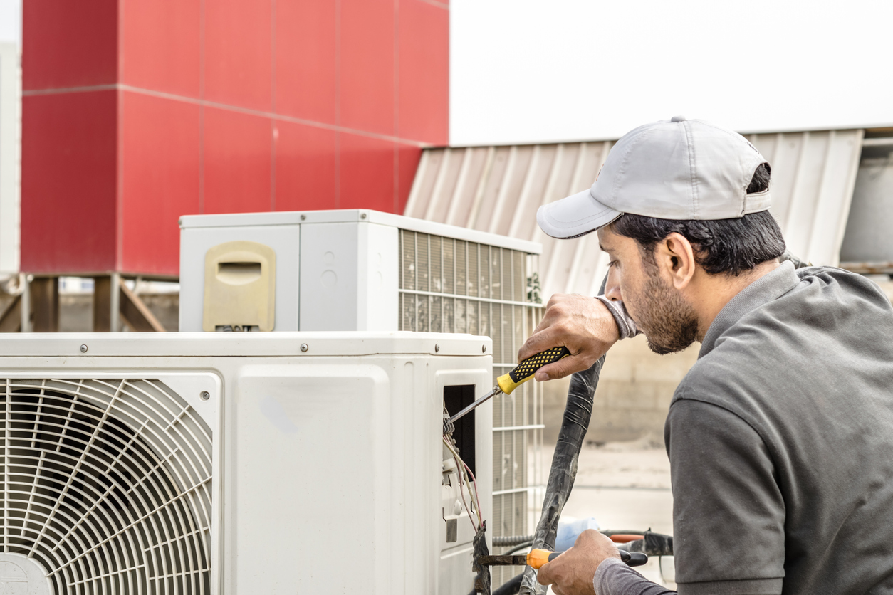 5 Possible Reasons Why Your Air Conditioner Is Leaking