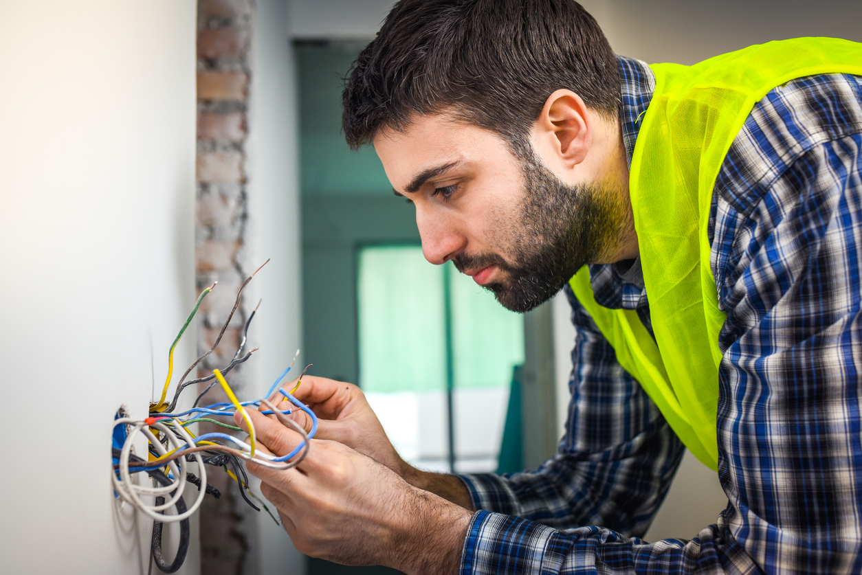 3 Electrical Problems You Should Never Attempt to Fix on Your Own