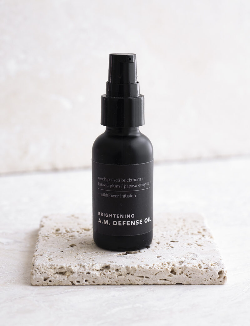 Rootanicals - certified organic A.M. defense face oil with rosehip, pomegranate, sea buckthorn, papaya enzyme, carrot