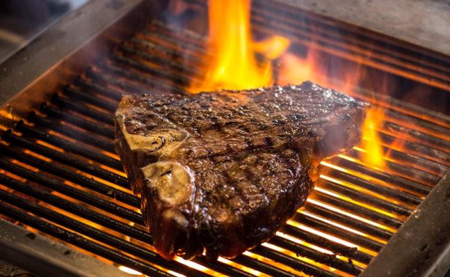 Porter House-Steak-In-647x398