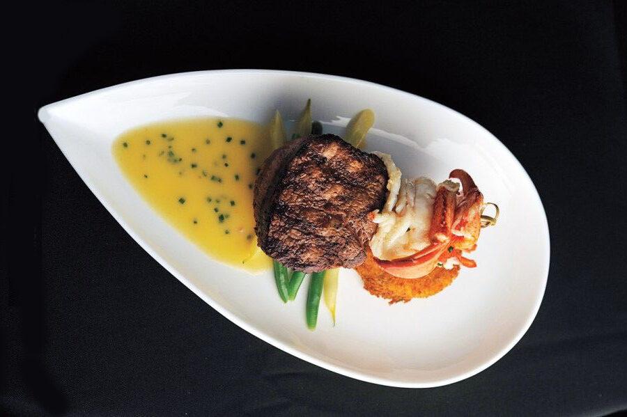 steak and shrimp with bearnaise