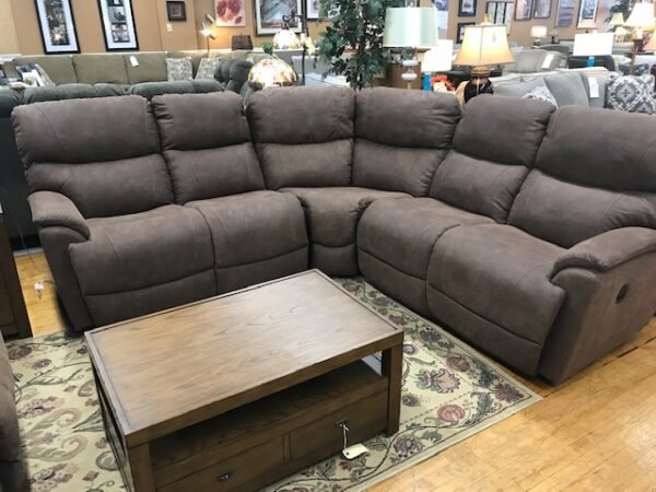 La-Z-Boy Trouper Sectional | 724