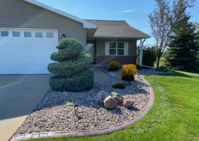 decorative stone landscaping ideas