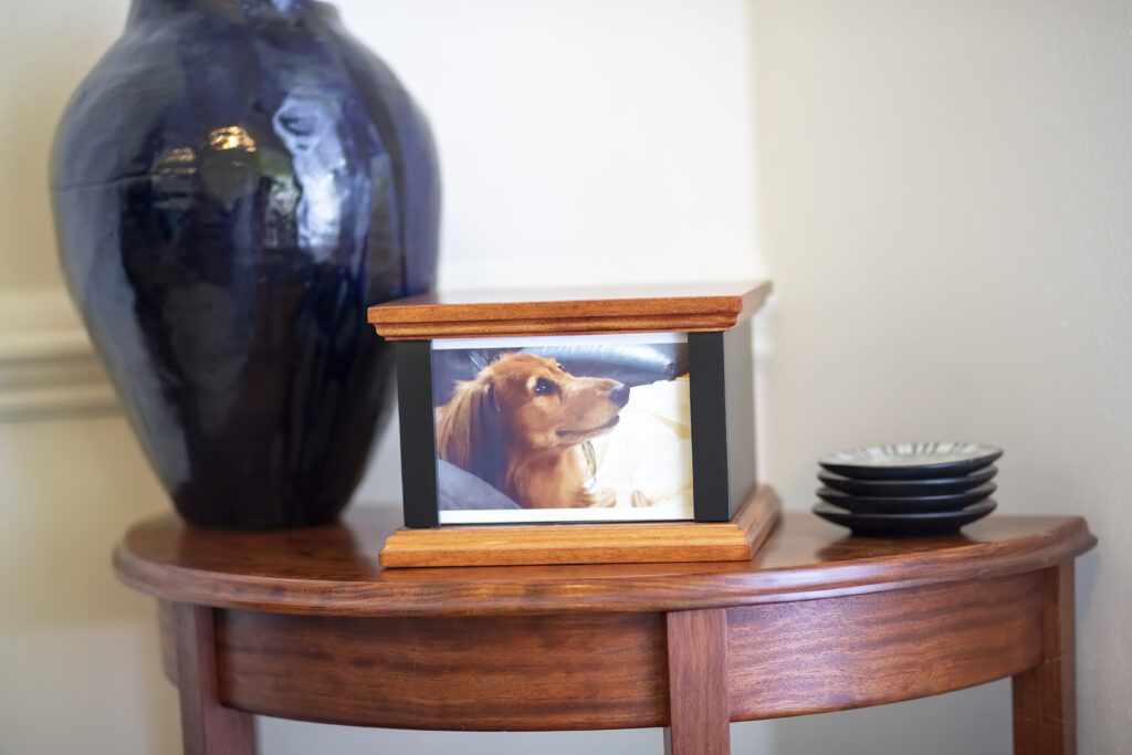 Maple Pet Urn with Photo