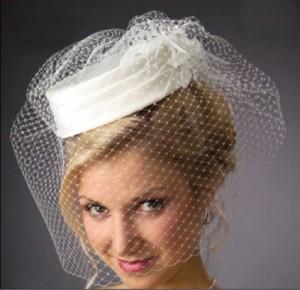 Bridal-Veil-Hat-JLVR09-2