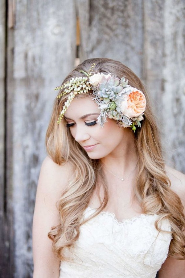 fresh-succulent-wedding-hairpieces-with-flowers