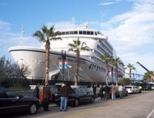 Seven Seas Navigator, one of five cruises ships used as floating hotels during Jacksonville Super Bowl 2005 | Landry & Kling Dockside Charters