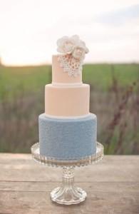 blush-and-dusty-blue-wedding-cake