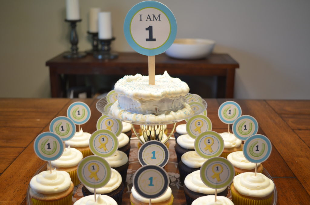kentucky derby preppy cupcake display