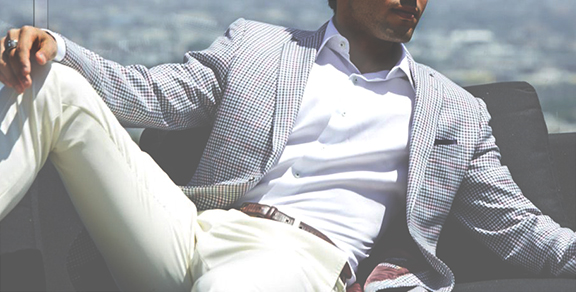 mens summer style: man in suit