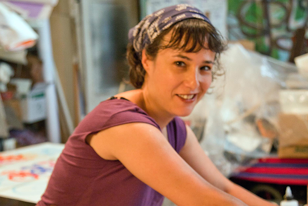 Talia Lambert - Bicycle Artist-Painter