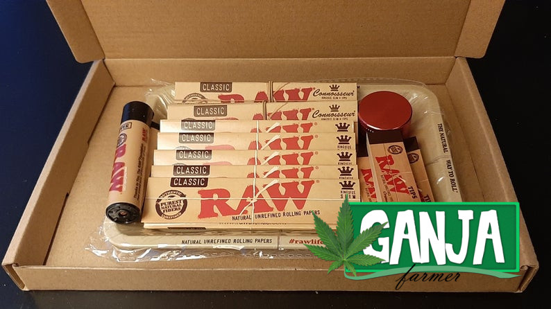 RAW Classic Medium Rolling Paper, Tips, Lighter and Grinder set With RAW Tray