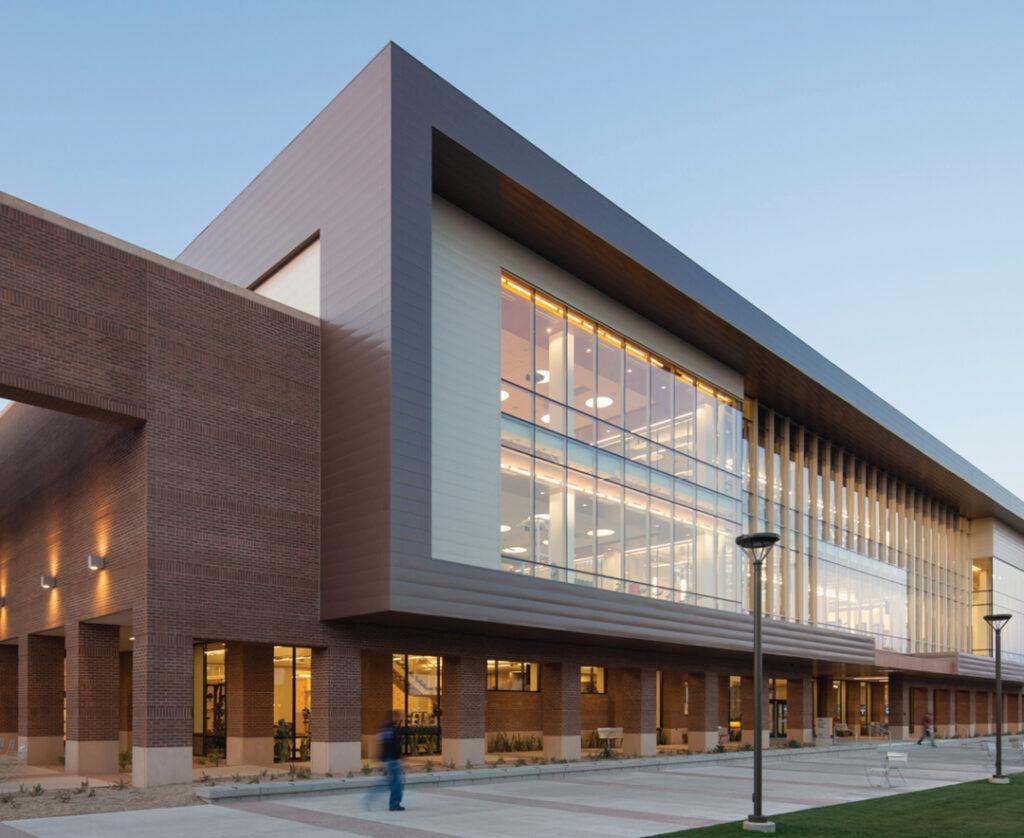 ASU West Campus Sun Devil Fitness Complex