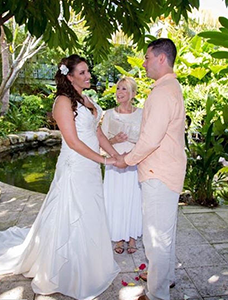 South Florida Elopement Ceremony Outside is Coronavirus Friendly