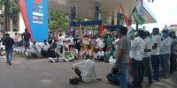 ಶಿವಮೊಗ್ಗ ಜಿಲ್ಲಾ ಕಾಂಗ್ರೆಸ್: ಪೆಟ್ರೋಲ್ ಹಾಗೂ ಡೀಸೆಲ್ ಬೆಲೆ ಏರಿಕೆ ಖಂಡಿಸಿ ಪ್ರತಿಭಟನೆ