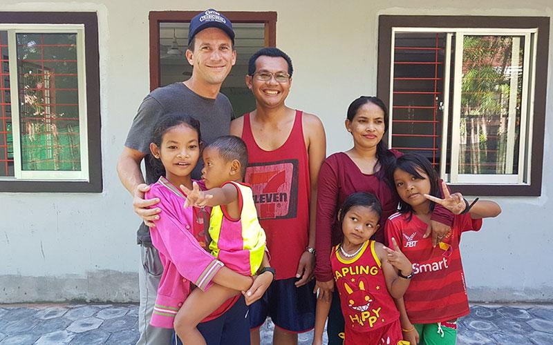 Volunteer Travel Host Family